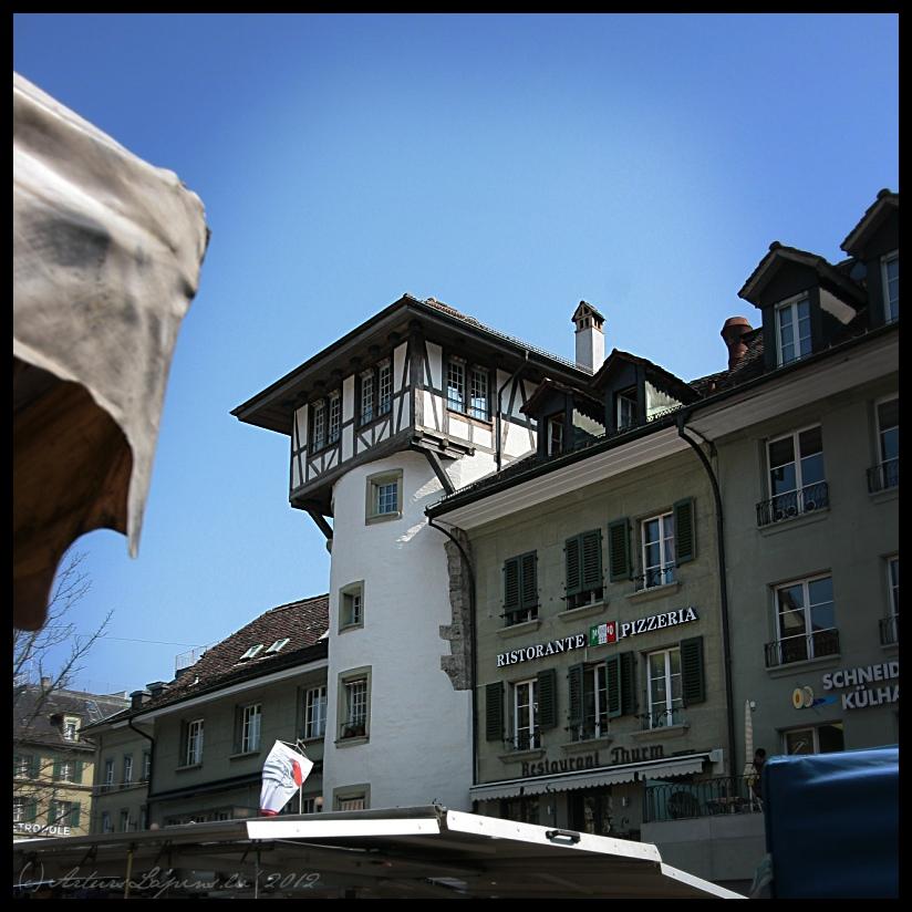 BerneWaisenhausplatz_HolandiesuTornisFahverksTirgus1